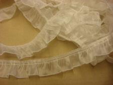 ANCIEN galon dentelle blanc brillant (401)