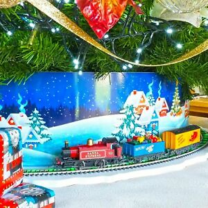 Hornby R1248 Santa's Express Christmas Train Set - Run Round Tree Base
