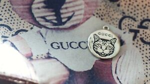 100% Auth Gucci Button 1  pieces  💋👍 16 mm metal  silver zipper pull