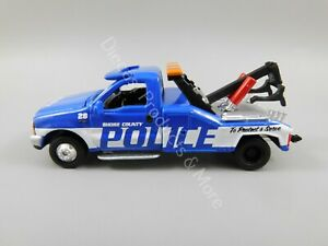 Johnny Lightning LOOSE Active Duty 1999 Ford F-450 Police Tow Truck 1:64 Scale