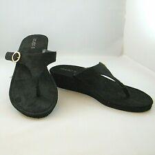 Black Thong Sandals Studio S Microfiber Gold Buckle Sz 9 Wedge Heels Flip Flops