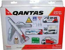 Qantas Toy Airport Playset Die Cast Metal Boeing 747 Daron
