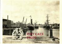PHOTOGRAPHIE   NORMANDIE PORT DE CAEN  1920 - Navire France - Marchandise photo