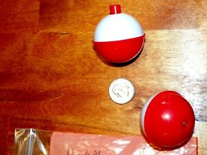 """SOUTH BEND SB-F7 Red & White Bobbers 1 3/4"""" Fishing Floats (2 Pak) CLIP-ON"""