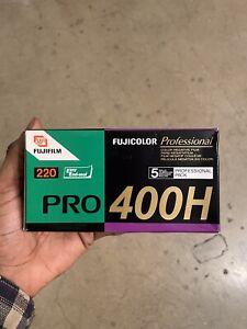 FujiFilm pro 400h 220 film (120 compatible +more)