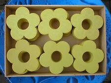 240 Stück Holzblumen Holzblüten Lochblumen hellgelb 7cm in 5 Holzboxen