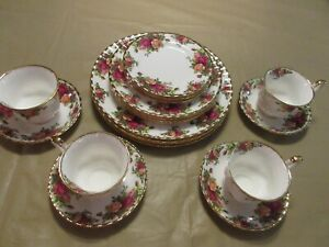 Royal Albert Old Country Roses 20pc Dining Set New Tags