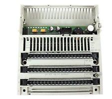 SCHNEIDER AUTOMATION TSX MOMENTUM 170DO3500 I/O BASE, 24VDC-32PT OUT, PV: 02