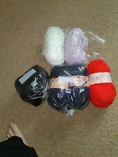 JOB LOT BUNDLE OF CHUNKY KNITTING WOOL YARN 600g