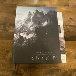 The Elder Scrolls V Skyrim Collector's Edition Strategy Game Guide & Map Poster