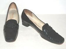 SALVATORE FERRAGAMO BLACK PATENT SLIP ON PUMPS WOMEN SZ 8 2A NARROW *GUC*