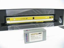 L.S.MODELS 40414 POSTWAGEN OCEM PTT PAz Y24 PA POSTE der SNCF  NH8006