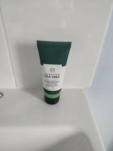 New The Body Shop Tea Tree Squeaky Clean Facial Scrub 100ml