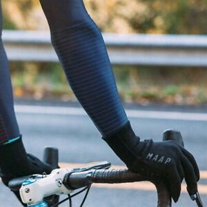 MAAP Base Knitted Gloves Cycling Black E-touch fingers for phone use BNWOT