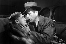 The Big Sleep Humphrey Bogart Lauren Bacall Romantic In Car 18x24 Poster