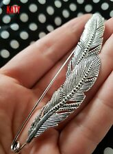 Large Silver Tone 2 Feathers Safety Pin Scarf Shawl Fly Plaid  Kilt Brooch Sash