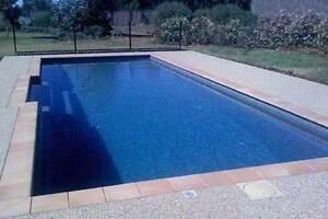 FRANKSPOOLS - Fibreglass Pools / Swimming Pools 8.3 x 4.47 mtrs Contemporary