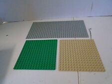 Lego Lot  Building Plates 16 x 16 x 32 3 Plates Green Gray Cream
