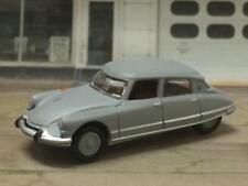 1955 - 1975 Citroën DS Sedan Work in Progress Barn Find Look 1/64 Scale LE L10