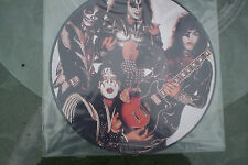 KISS picture album Smashes Thrashes Hits record rock group band faces makeup