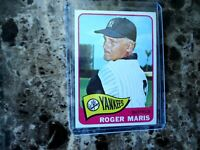 1965 TOPPS ROGER MARIS NEW YORK YANKEES #155 NICE CONDITION