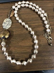 Chicos Beige Pearl Necklace With Three Stone Brown Oval Links