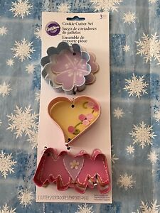 Wilton 2308-0093 Mother's Day 3 Pc Metal Cookie Cutter Set Mom Heart Flower New