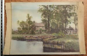 The Locks Inn, Geldeston, Suffolk. Vintage Colourised Print (Public House)