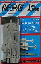 Plus Model Aero misil ruso Line 4019 1/48 R-23R AA-7A Apex (2 piezas).