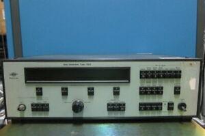 Bruel & Kjaer 1051 Sine Generator