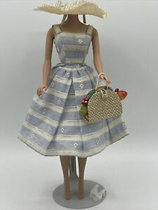 Vintage As Is Barbie Suburban Shopper #969 Missing Necklace And Phone, TLC