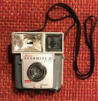 VINTAGE! Kodak Brownie Starmite II 1960's Film Camera