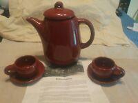 Vinatge Bybee Pottery Kentucky Marroon Glazed Tea/Coffee Pot With 2 Cups/Saucer