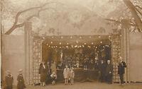 Carte photo ancienne kermesse  1920
