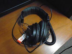 Califone 3068AV Switchable Stereo/Mono Headphones Brand New