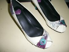 TUK High Heel Shoes Size 9 Peacock Cream Ivory Leather