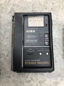 AIWA HS-J202 CASSETTE PLAYER / RECORDER and AM/FM RADIO - FAULTY