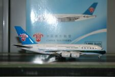 Phoenix 1:400 China Southern Airbus A380-800 B-6137 (PH11535) Model Plane