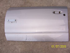 2000 2002 SATURN S SERIES SL LEFT FRONT DOOR PANEL SKIN 2 BROKN TABS USED OEM