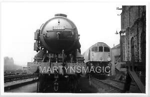 B5 British Railway Photograph 32039 + 36001 @ Brighton 9-1949