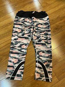 Lululemon Run: Inspire Crop II *All Luxtreme wamo camo Pink sz 10 Barely Pink