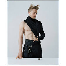 Charlie Hunnam as Arthur Dressed as Scot Shirtless Hot 8 x 10 Inch Photo