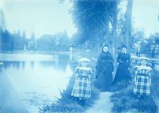 Cyanotype, France, Deux fillettes et leurs mamans  Vintage print.  cyanotype