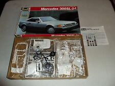 REVELL MERCEDES 300SL-24 IN 1/24 SCALE
