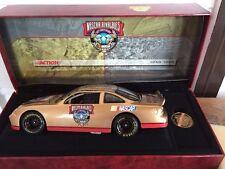 NASCAR LEGENDSBILL FRANCE SR 50TH ANNIVERSARY  DIECAST CAR 1:24 VINYL CASE