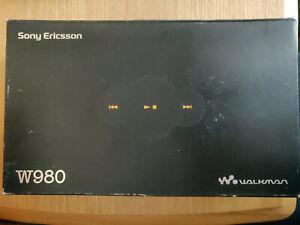 Sony Ericsson W980 Box And Accessories