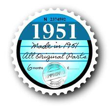 Retro 1951 BOLLO DISCO DI RICAMBIO VINTAGE Novità Licenza Auto Adesivo Decalcomania