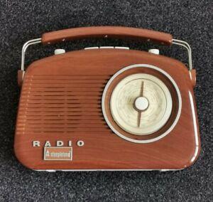 New Steepletone Brighton AM/FM retro analogue radio limited edition cost £49.99