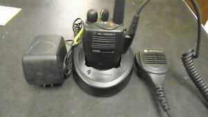 Motorola EX500 VHF 16 Channels 136-174 Mhz fully bench tested with accesories