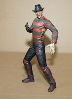 1998 Movie Maniacs A Nightmare on Elm Street Freddy Krueger Figure McFarlane